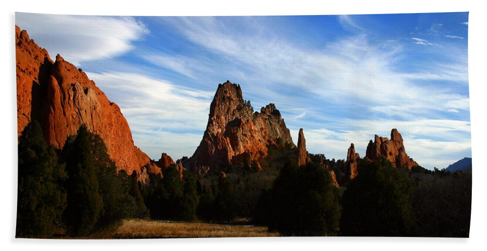 Garden Of The Gods Beach Towel featuring the photograph Red Rock Formations by Anthony Jones