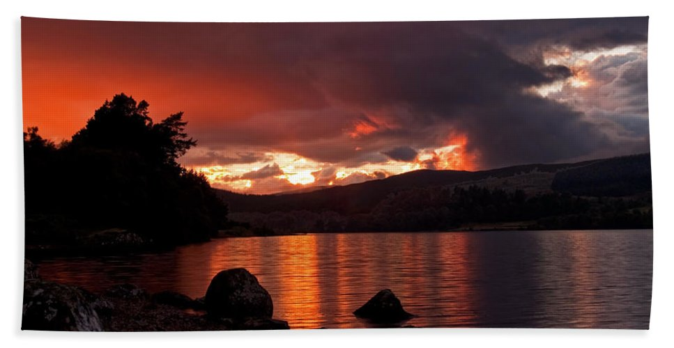 Scotland Beach Towel featuring the photograph Red Skies Over Loch Rannoch by Bel Menpes