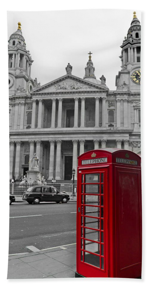 Black And White And Red Beach Towel featuring the photograph Red Telephone Boxes In London by Gary Eason
