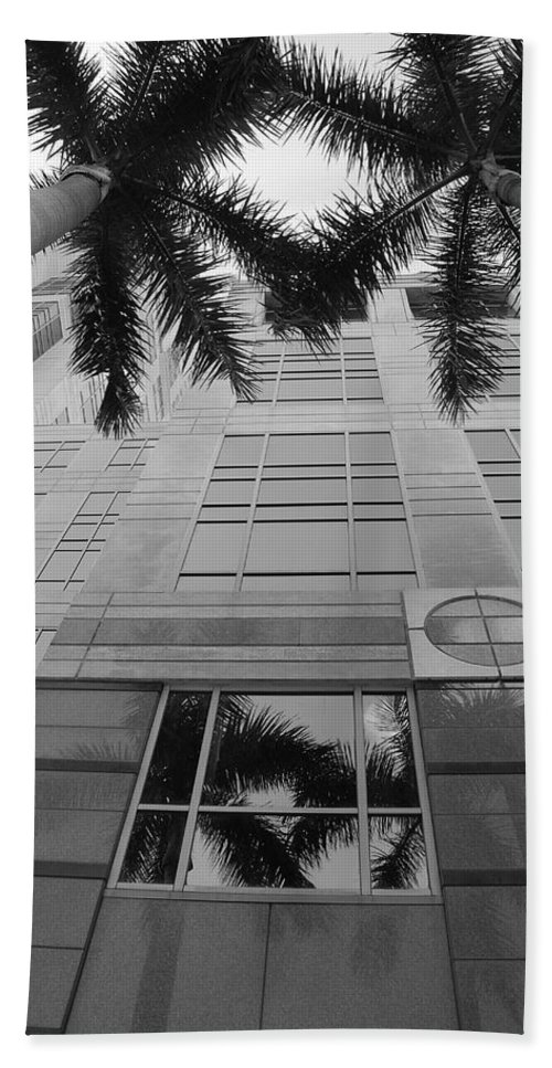 Architecture Beach Towel featuring the photograph Reflections On The Building by Rob Hans