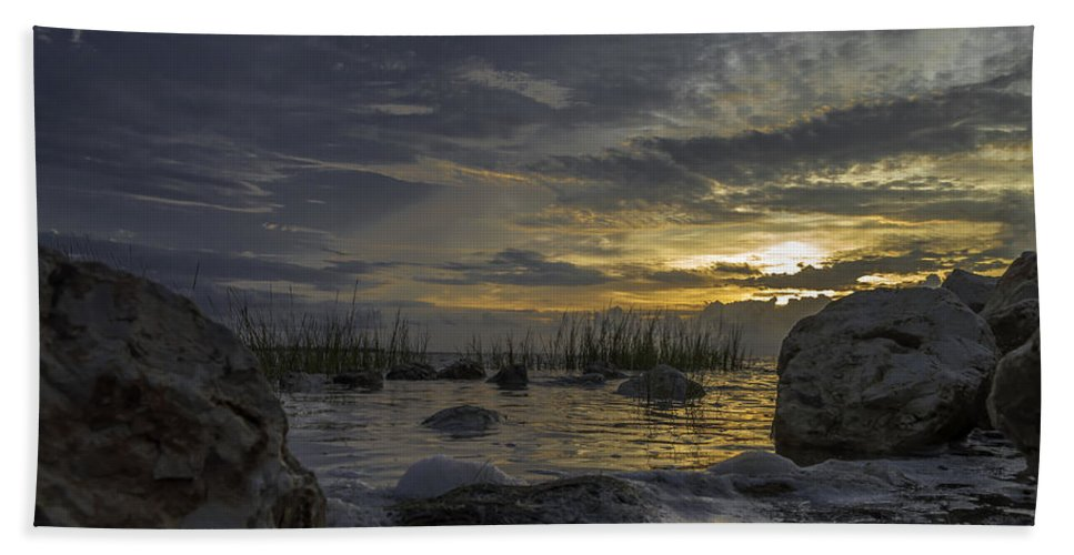 Sunrise Beach Towel featuring the photograph Rise And Shine by Leticia Latocki