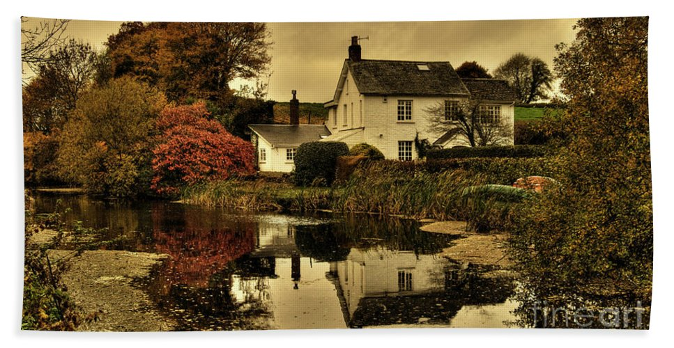 Rock Beach Towel featuring the photograph Rock Cottage by Rob Hawkins