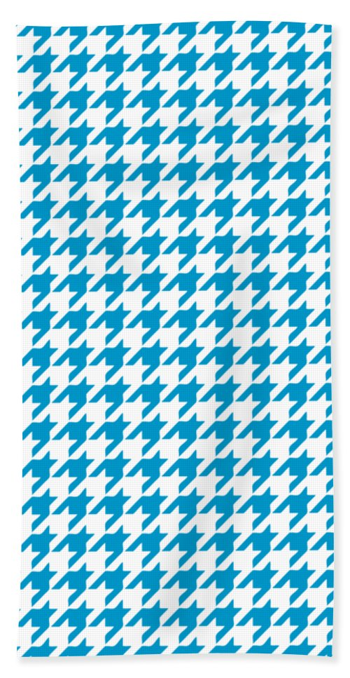 Houndstooth Beach Towel featuring the digital art Rounded Houndstooth White Background 18-p0123 by Custom Home Fashions