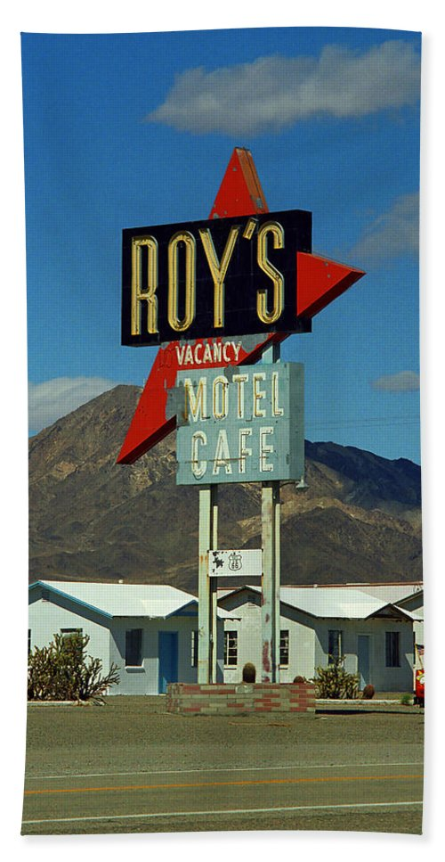 66 Beach Towel featuring the photograph Route 66 - Roy's Of Amboy California 2 by Frank Romeo