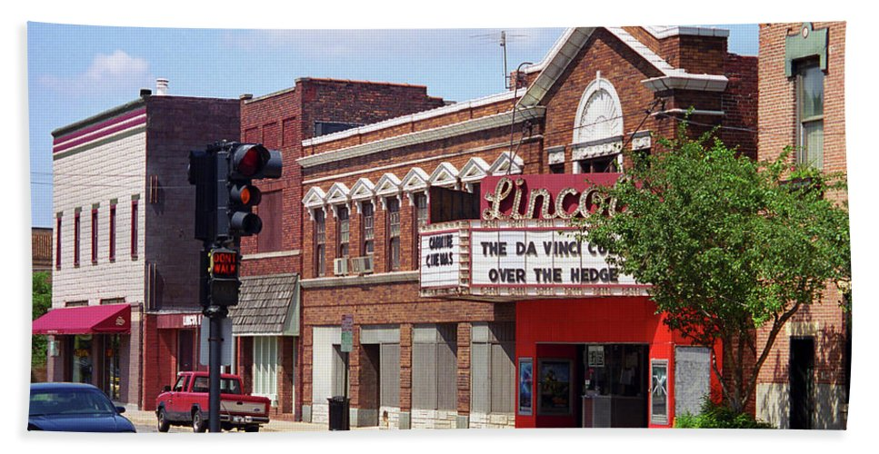 66 Beach Towel featuring the photograph Route 66 Theater by Frank Romeo