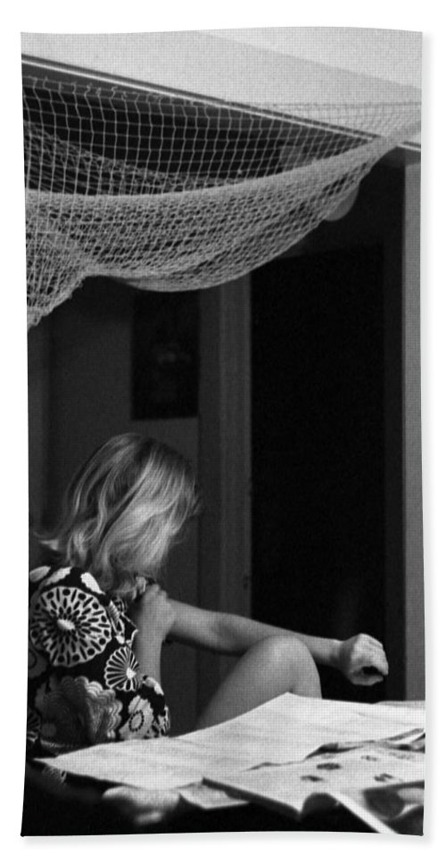 Portrait Beach Towel featuring the photograph Roz Checks Her Tracks by Lee Santa