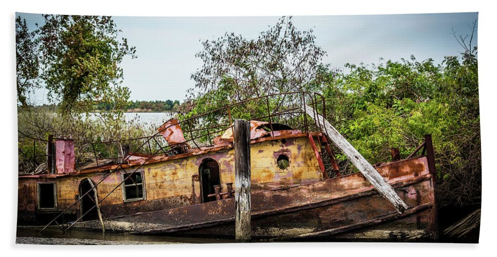 Abandoned Tug Beach Towel featuring the photograph Rusty Tug by Paul Freidlund