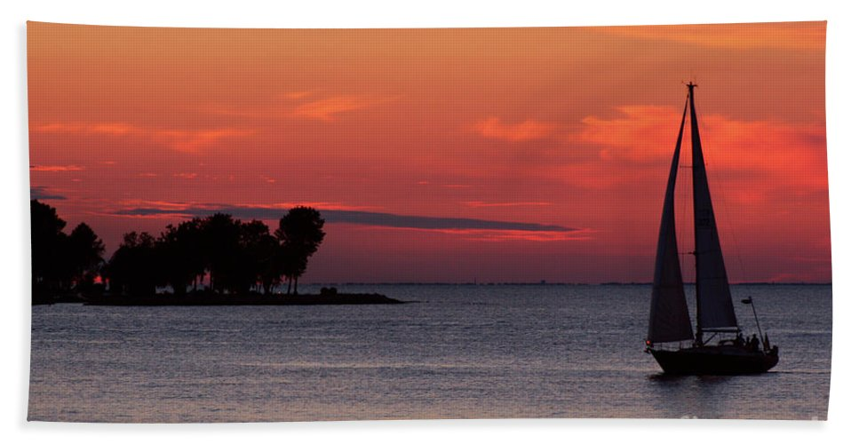Sailing Beach Towel featuring the photograph Sailing Home by Joel Witmeyer