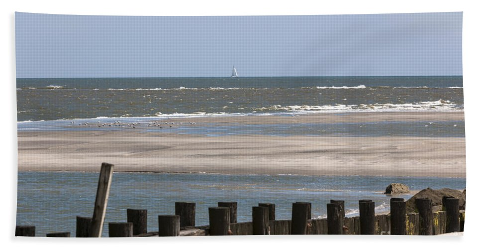 Folly Beach Beach Towel featuring the photograph Sailing The Atlantic by Dale Powell