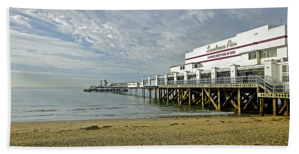 Sandown Beach Towel featuring the photograph Sandown Pier by Rod Johnson