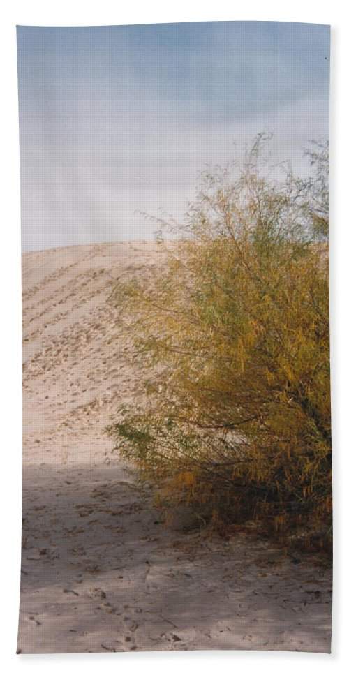 Sands Sand Footprints Bush Beach Towel featuring the photograph Sands Of Monahans by Cindy New