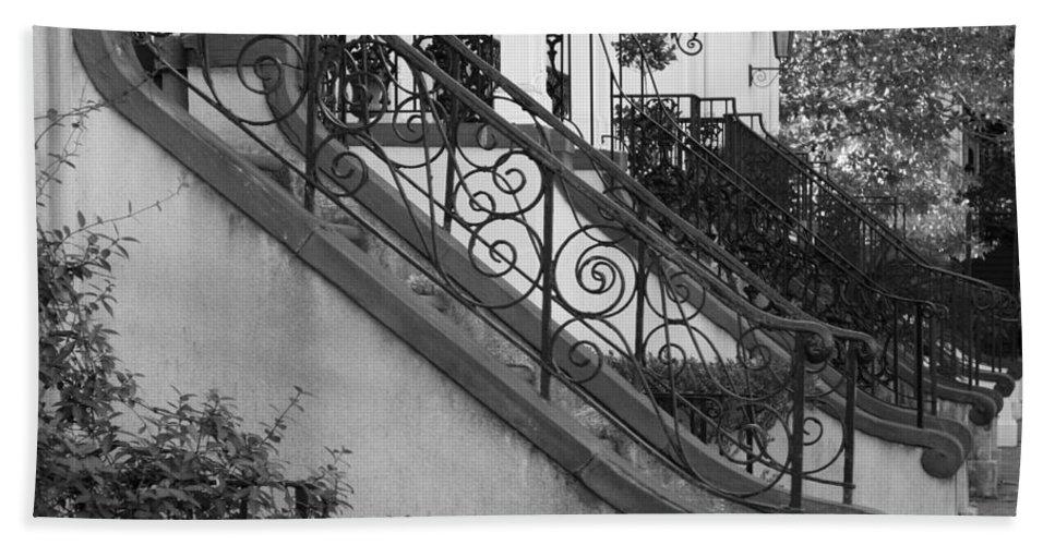 Savannah Stoops Beach Towel featuring the photograph Savannah Stoops - Black And White by Carol Groenen