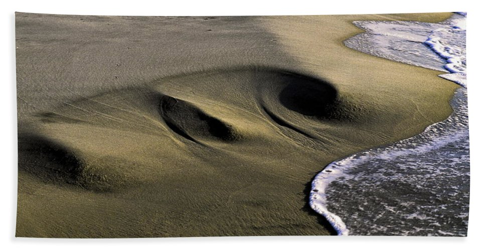 Gentle Wave Meets Sculpted Sand Beach Towel featuring the photograph Sculpted Beach by Sally Weigand