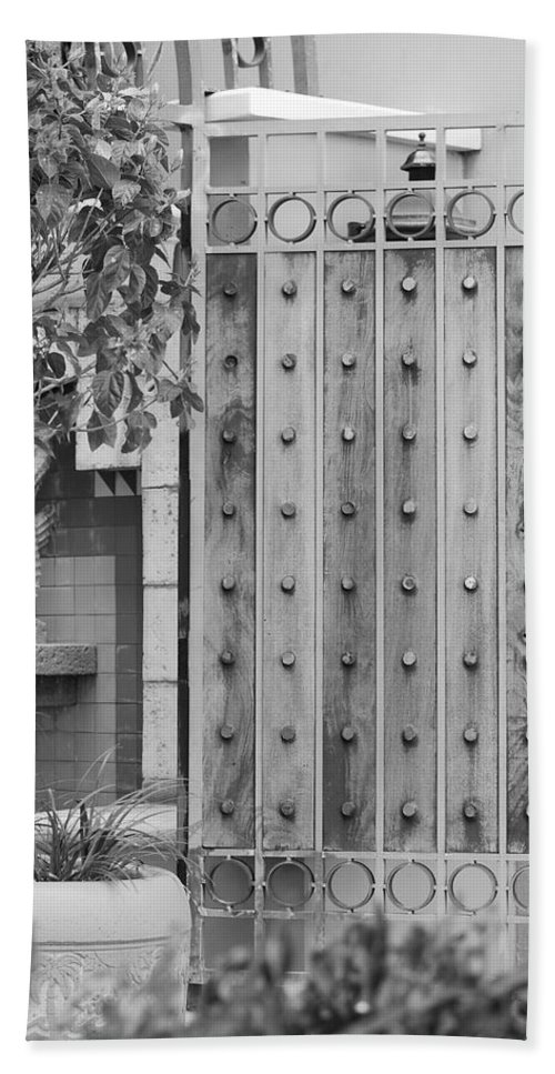 Black And White Beach Towel featuring the photograph Sea Horse Gate by Rob Hans