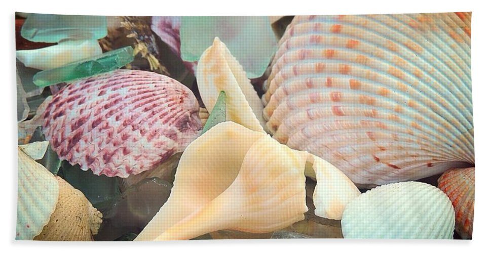Sea Beach Towel featuring the photograph Sea Jewels by Peg Donnellan