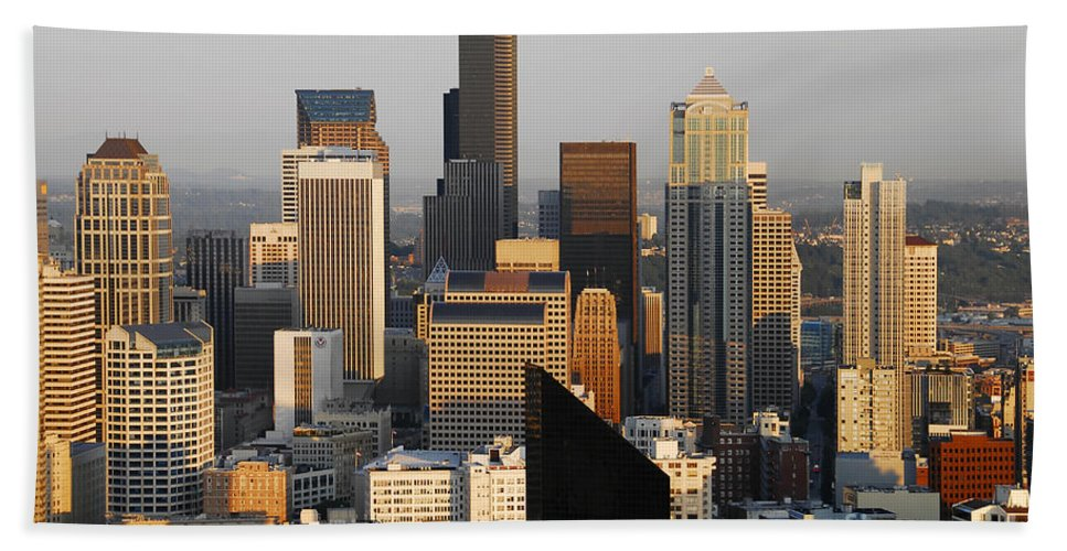 Seattle Washington Beach Towel featuring the photograph Seattle by David Lee Thompson