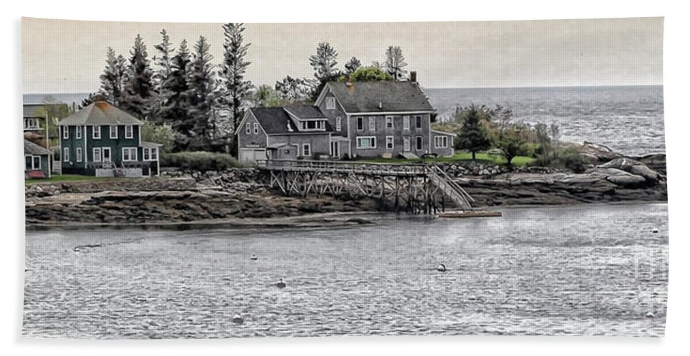 Maine Beach Towel featuring the photograph Second Story View by Laura Mace Rand