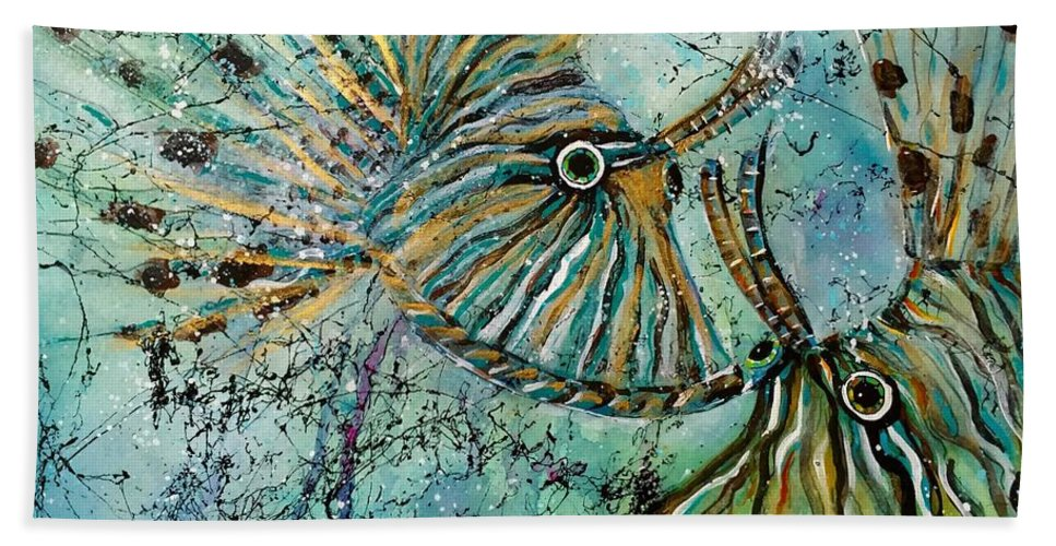 Iionfish Beach Sheet featuring the painting Seeing Eye To Eye by Midge Pippel