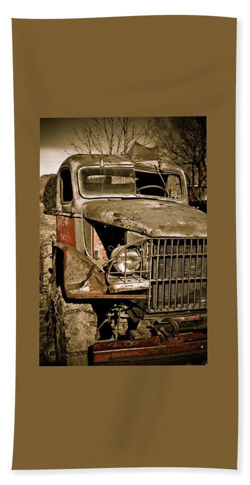 Old Vintage Antique Truck Worn Western Beach Towel featuring the photograph Seen Better Days by Marilyn Hunt