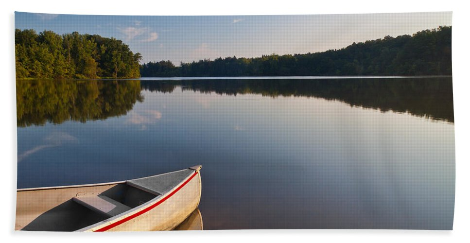 Lake Beach Towel featuring the photograph Serene Morning by Dale Kincaid