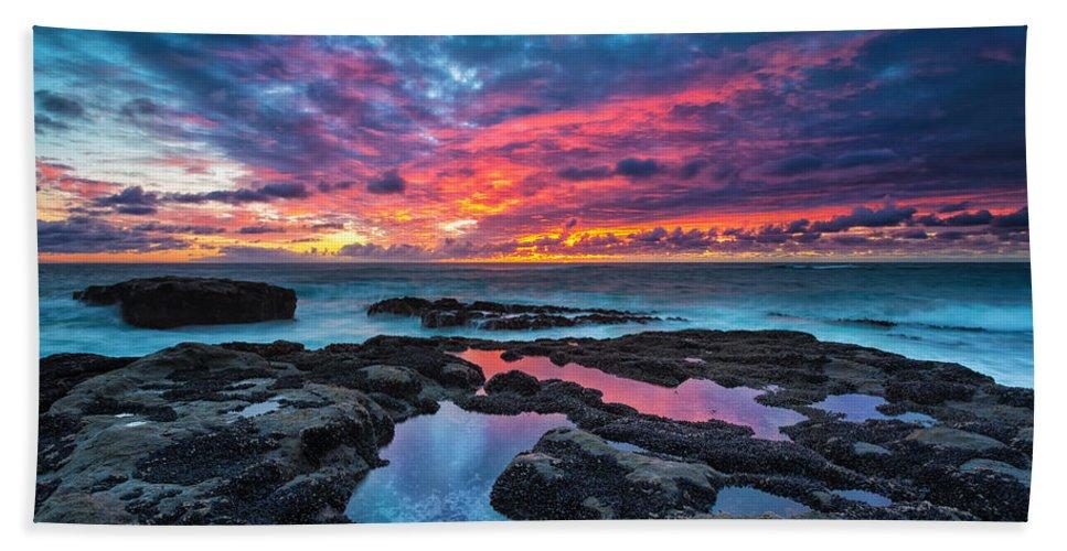 Sunset Beach Towel featuring the photograph Serene Sunset by Robert Bynum