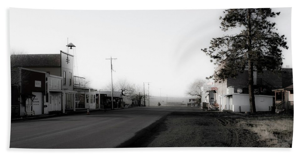Landscape Beach Towel featuring the photograph Shaniko Oregon 3 by Lee Santa