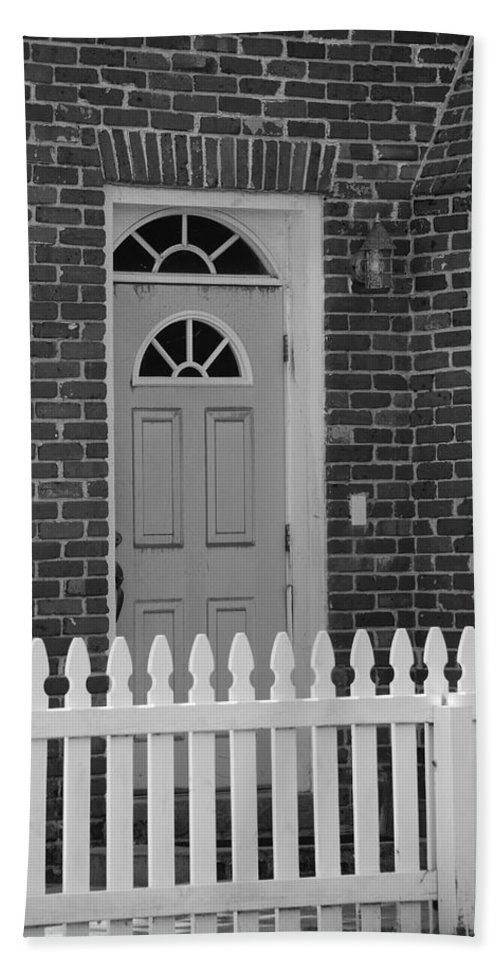 Black And White Beach Towel featuring the photograph Side Door by Rob Hans