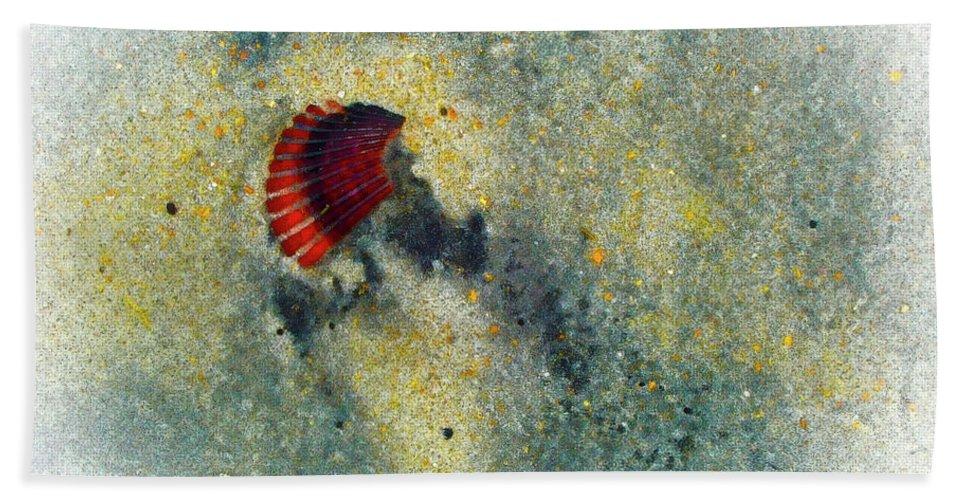 Carolina Beach. Beach Beach Towel featuring the photograph Silica by Robert Ponzoni