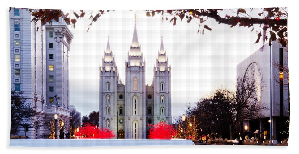 Temple Photographs Beach Towel featuring the photograph Slc Temple Red And White by La Rae Roberts
