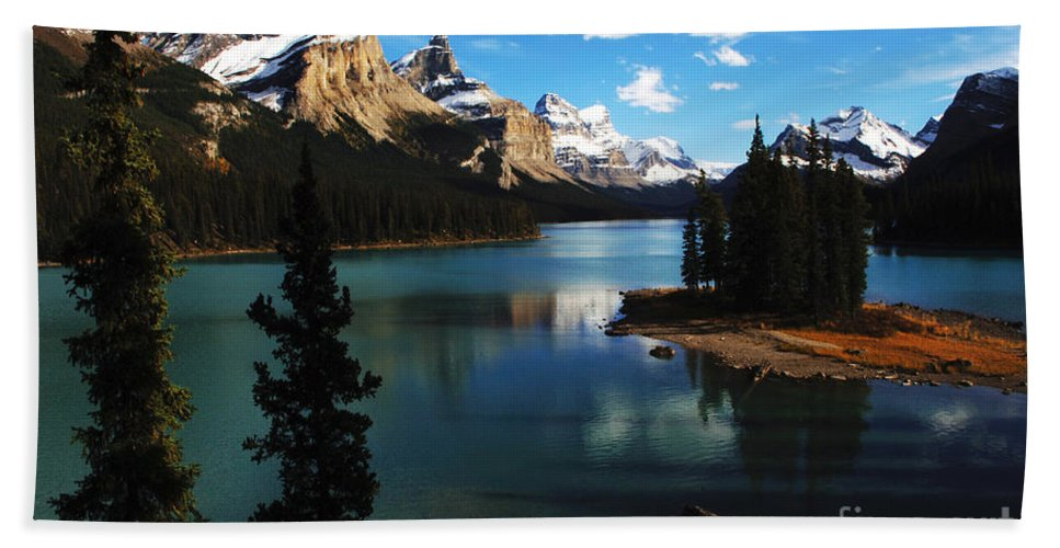 Jasper Beach Towel featuring the photograph Spirit Island Jasper Canada by Bob Christopher