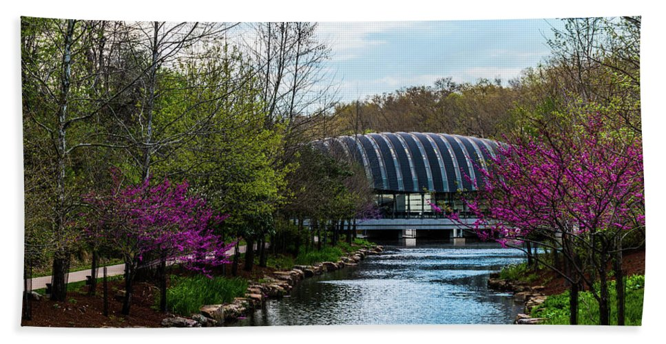 Crystal Bridges Museum Of American Art Beach Towel featuring the photograph Spring At Crystal Bridges by Thomas Morrow