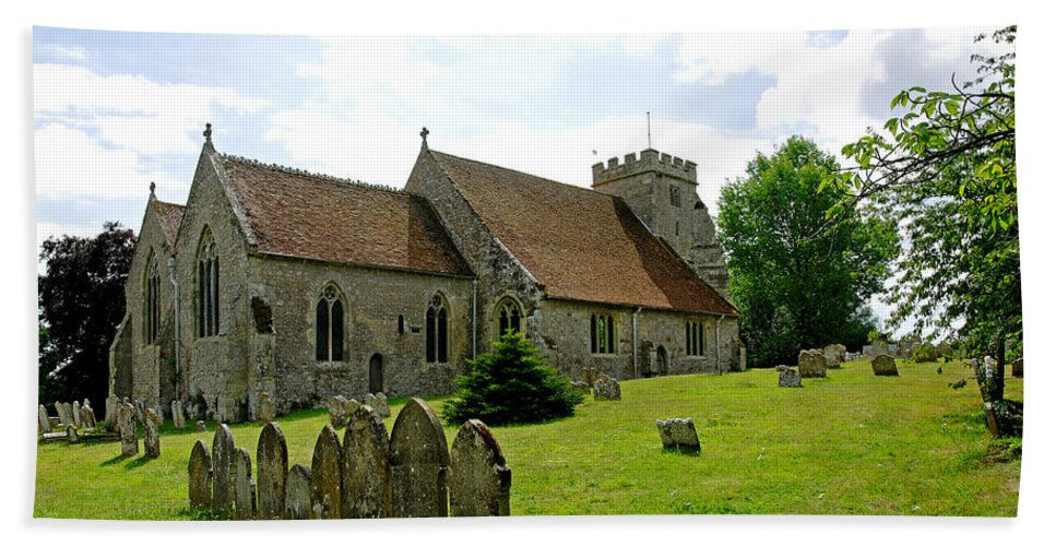 Arreton Beach Towel featuring the photograph St George's Church At Arreton by Rod Johnson