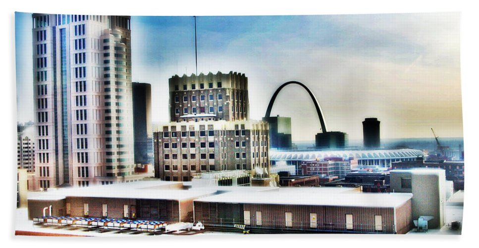 Skyline Beach Towel featuring the photograph St Louis Skyline by Harry Tart