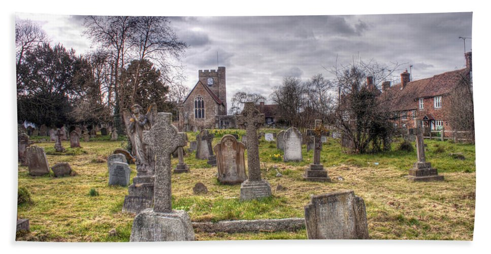 Peter Beach Towel featuring the photograph St Peter And St Paul Headcorn by Dave Godden