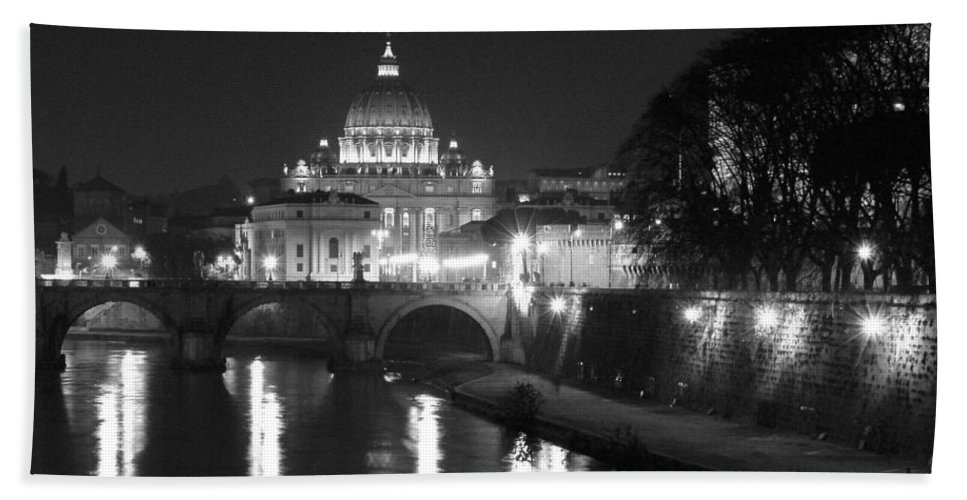 Italy Beach Towel featuring the photograph St. Peters At Night by Donna Corless