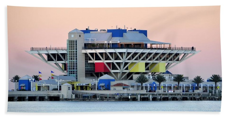 Pier Beach Towel featuring the photograph St. Petersburg Pier by David Lee Thompson