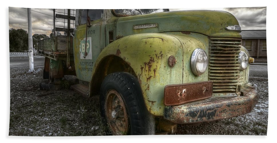 Commer Beach Towel featuring the photograph Start Me Up by Wayne Sherriff