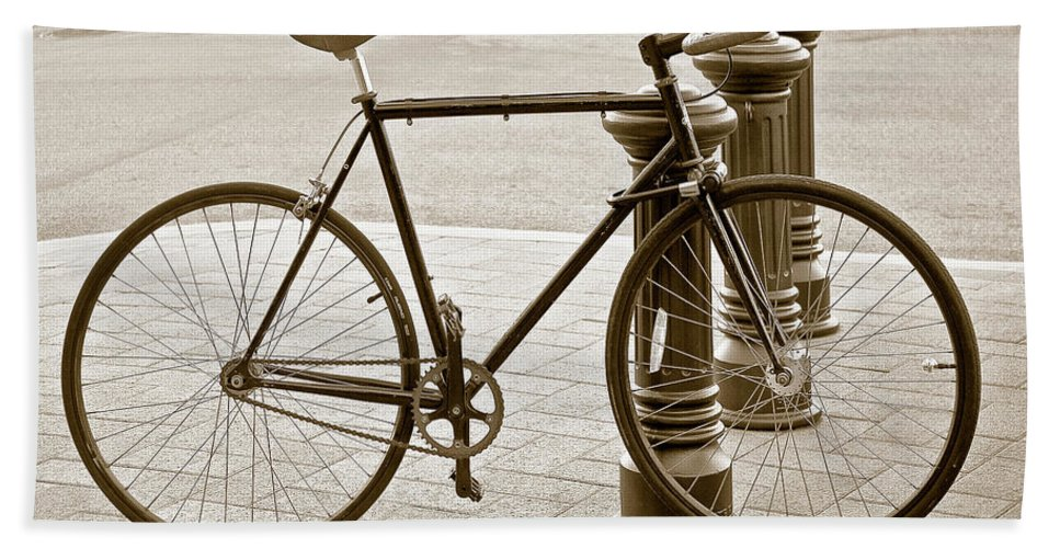 Bicycle Beach Towel featuring the photograph Still Life With Trek Bike In Sepia by Ben and Raisa Gertsberg