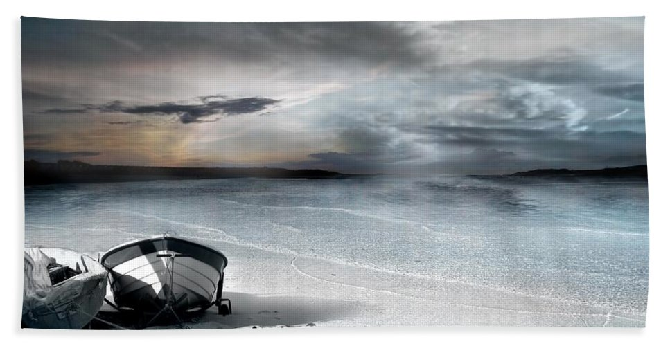Water Beach Sheet featuring the photograph Stranded by Jacky Gerritsen