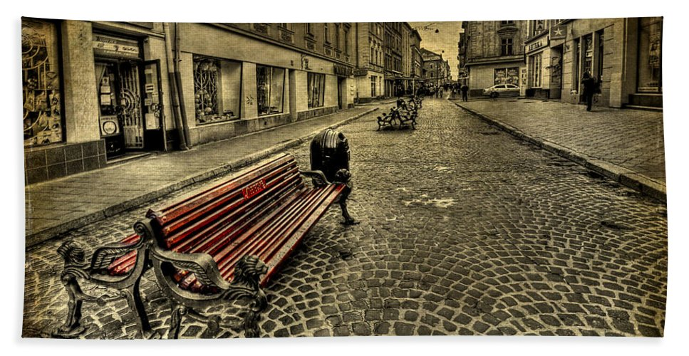 Bench Beach Towel featuring the photograph Street Seat by Evelina Kremsdorf