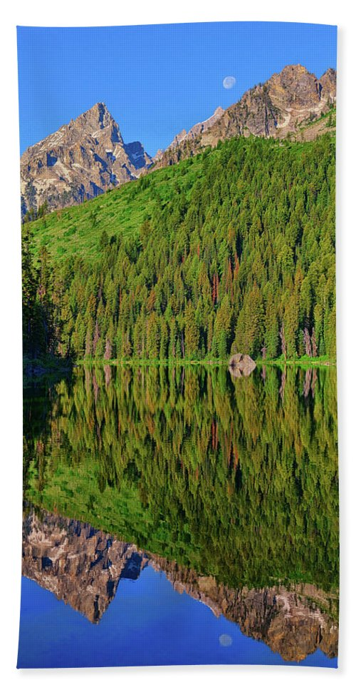 String Lake Beach Towel featuring the photograph String Lake Morning Mirror by Greg Norrell