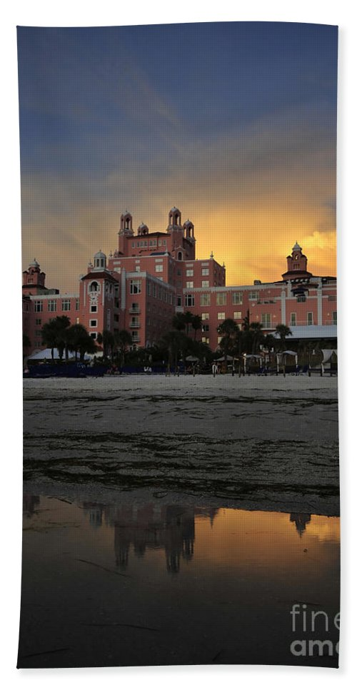 Fine Art Photography Beach Towel featuring the photograph Summer At The Don by David Lee Thompson