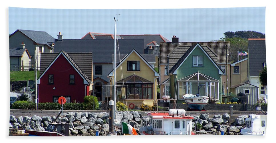 Irish Beach Sheet featuring the photograph Summer Cottages Dingle Ireland by Teresa Mucha