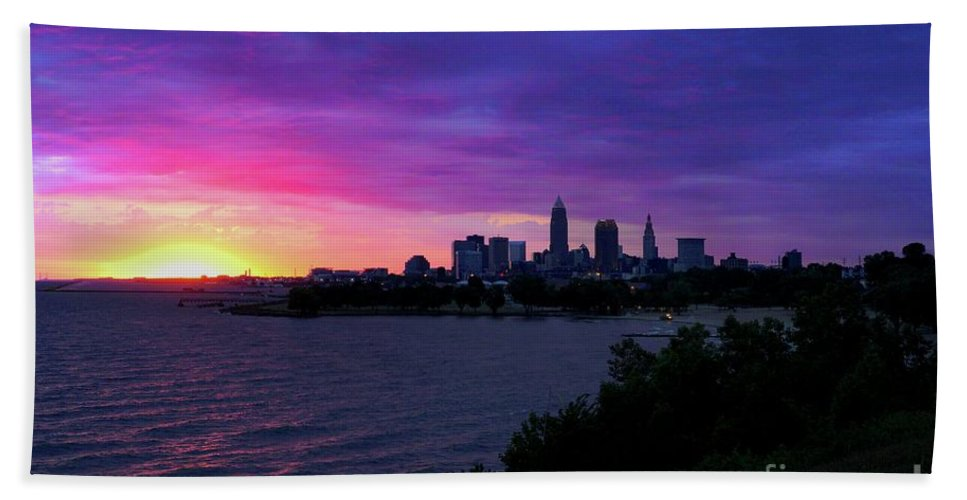 Winter Beach Towel featuring the photograph Summer Solstice Sunrise by Dominic Flauto