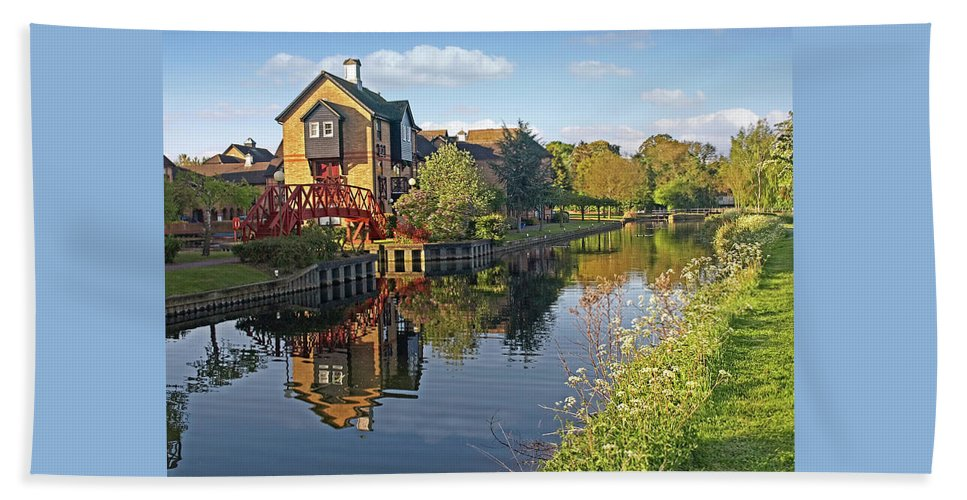 River Beach Towel featuring the photograph Summertime On The River - Sawbridgeworth by Gill Billington