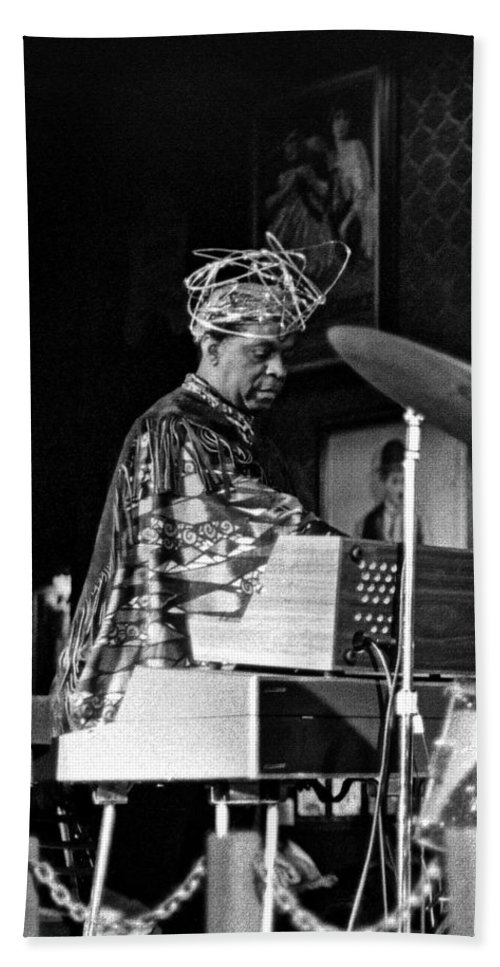 Sun Ra Arkestra At The Red Garter 1970 Nyc Beach Towel featuring the photograph Sun Ra 2 by Lee Santa
