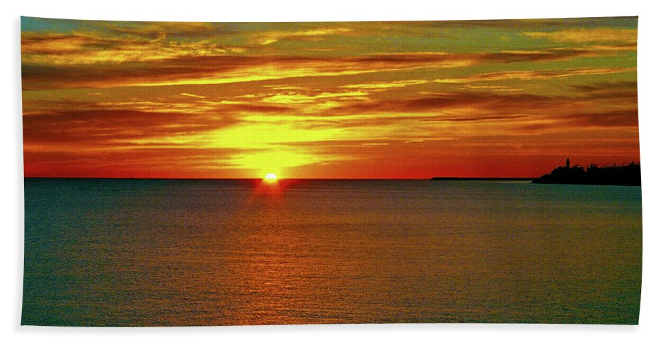 North America Beach Towel featuring the photograph Sunrise At Matane by Juergen Weiss
