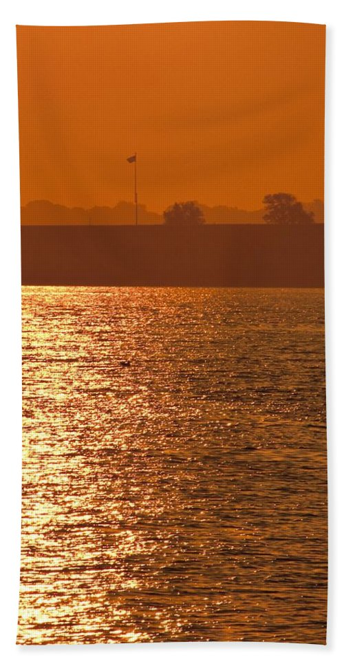Sunrise Beach Towel featuring the photograph Sunrise Ft Adams by Steven Natanson