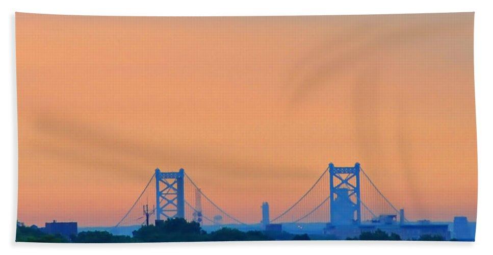 Philadelphia Beach Towel featuring the photograph Sunrise Over The Ben Franklin Bridge by Bill Cannon