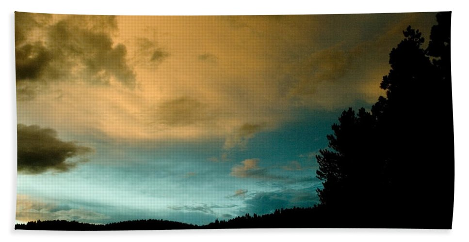 Landscape Beach Towel featuring the photograph Sunset 1 by Lee Santa